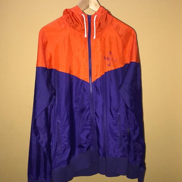 333e5a7bf7 Nike Windrunner Jacket (Orange Purple). M 5b0f6db5331627982f55046a